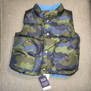 NWT Boys 12-18mo GAP puffy vest